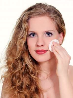 Natural Beauty Tips For Oily Skin