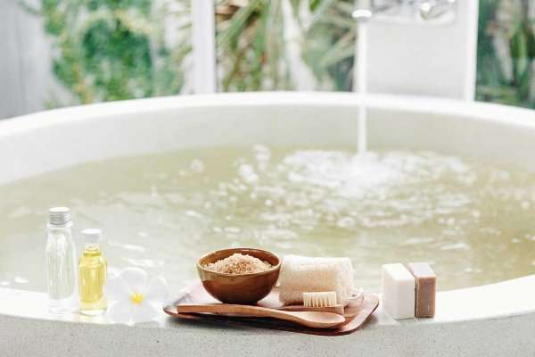 How To Soak in Epsom Salt Bath?