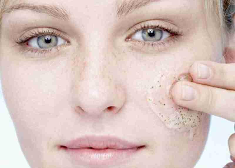 Exfoliating Acne Prone Skin (2)
